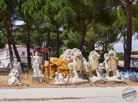 Leones del Monumento a Alfonso XII y conjuntos escultóricos de la Fuente homenaje a Ventura Rodríguez