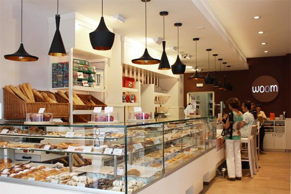 Woom Pastelera y cafetera en Plaza de Castilla