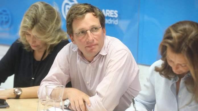 Isabel Díaz Ayuso, candidata del PP a la Comunidad; José Luis Martínez-Almeida, al Ayuntamiento de Madrid 1