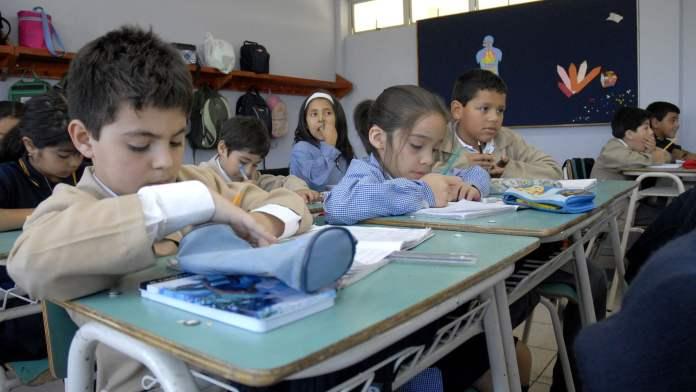 Niños en centros educativos