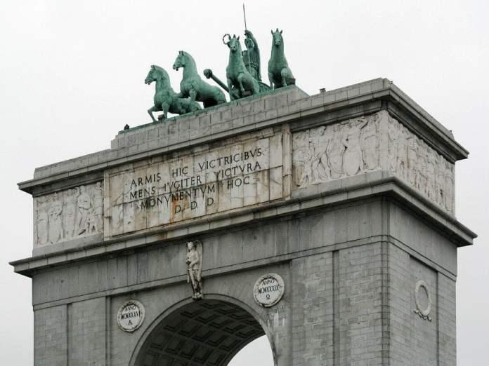 El Arco de la Victoria, memoria histórica olvidada 1