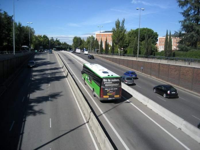 El carril bus-vao de la A6