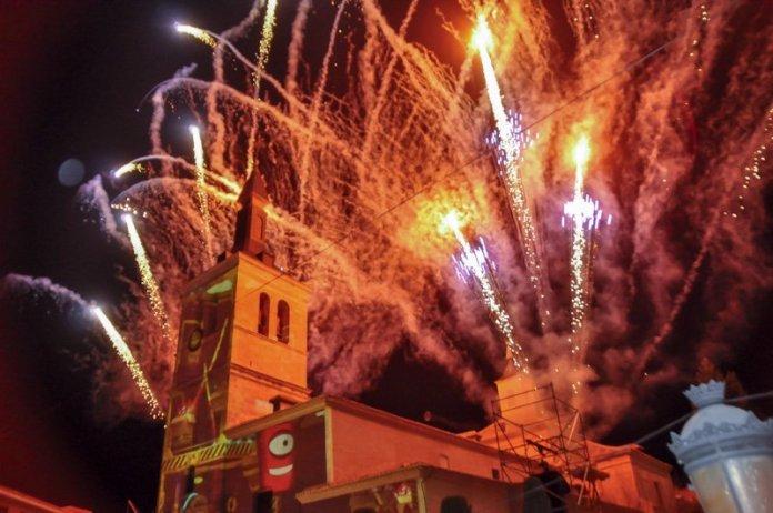 En imágenes   La Gran Cabalgata de Luz volvió a hacer brillar Torrejón 2