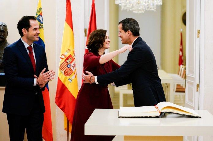 Madrid recibe con los máximos honores al presidente de Venezuela Juan Guaidó 7