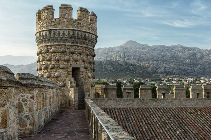 Guía y vídeo de los castillos y fortalezas de Madrid 1