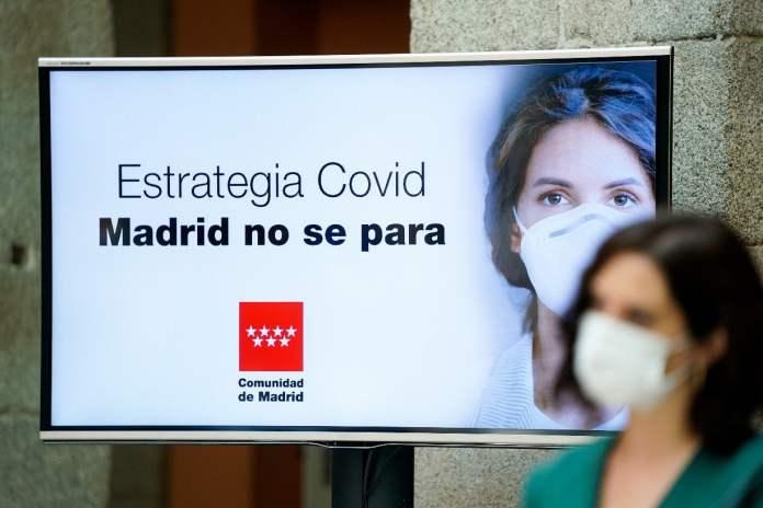 Madrid ya prepara su anunciada 'cartilla covid' 1