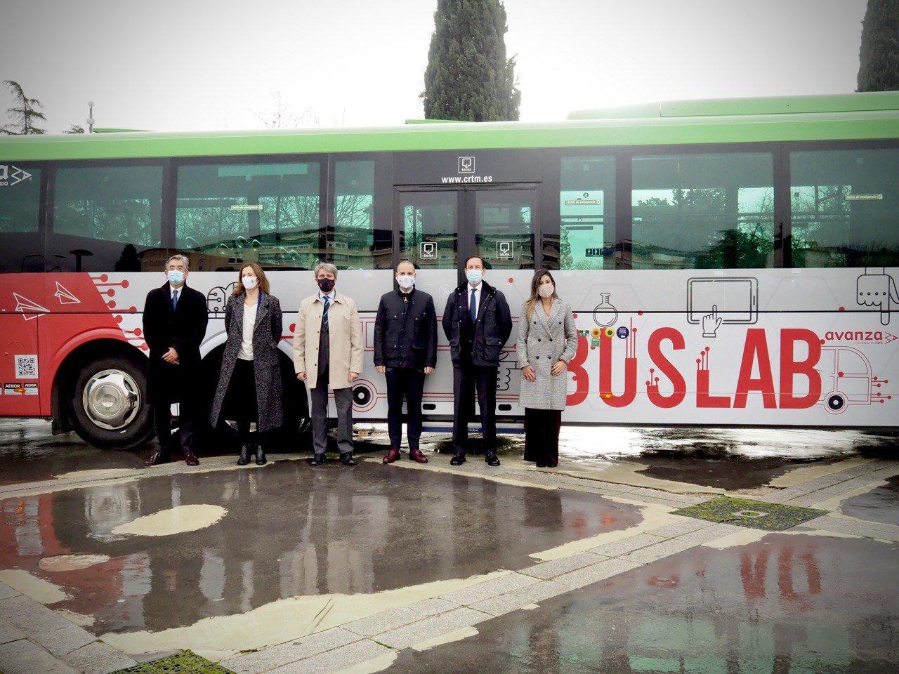 Buslab, el primer autobús laboratorio que da servicio en Madrid 2