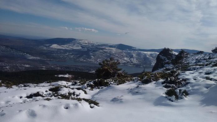 Vista de las lagunillas nevada