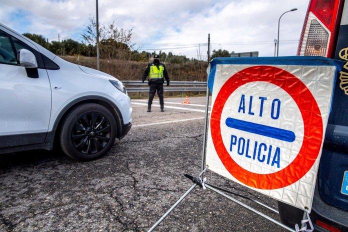 Abrir o cerrar Madrid: el dilema de la Semana Santa más incierta 1