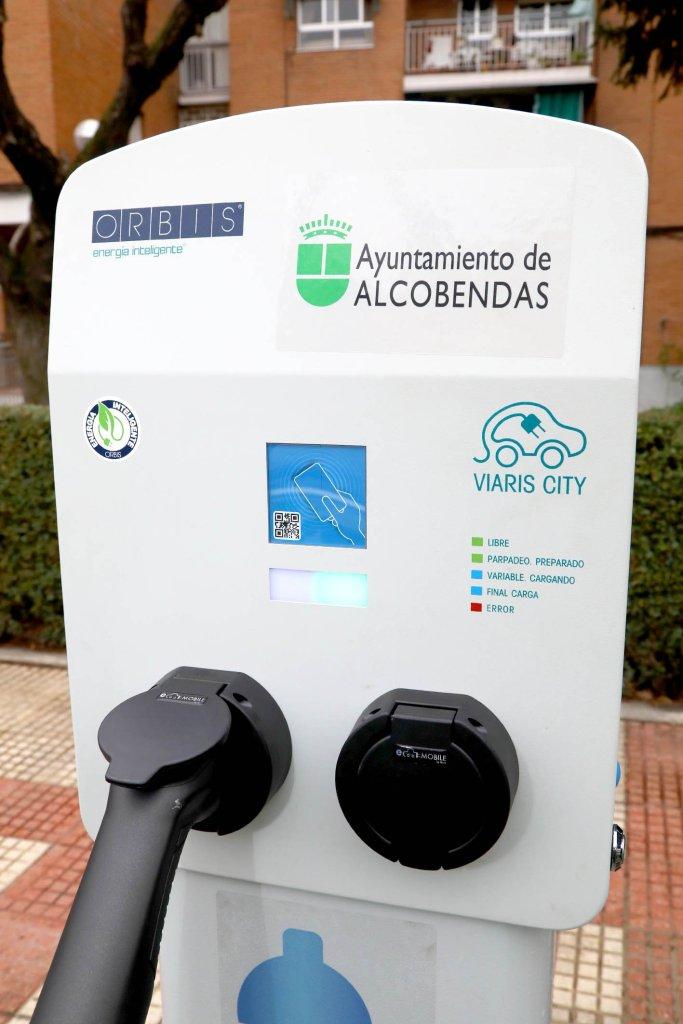 Alcobendas estrena dos puntos de recarga para coches eléctricos 2