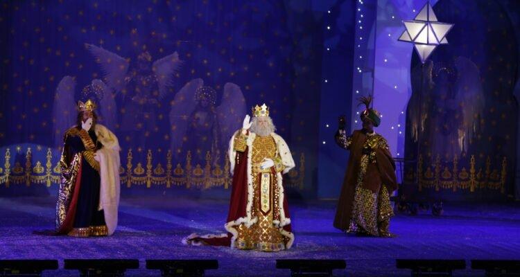 Los Reyes Magos llenaron Madrid de ilusión y esperanza 2