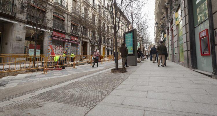 Arenal y Montera tendrán pavimento y mobiliario urbano renovados 1