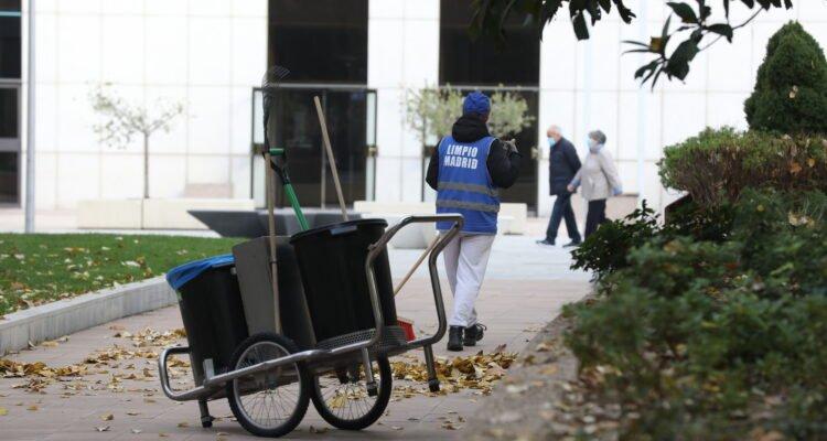 1.300 infractores cambian sus multas por labores de limpieza en 2020 1