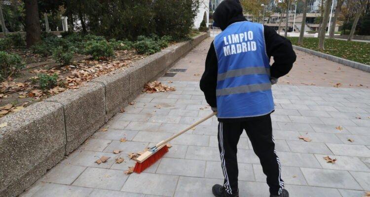 1.300 infractores cambian sus multas por labores de limpieza en 2020 2