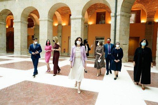 La Comunidad de Madrid premia a mujeres ejemplares en el 8M 1