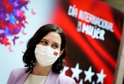La Comunidad de Madrid premia a mujeres ejemplares en el 8M 6