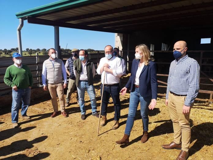 El PP reclama el valor del sector agroalimentario y apostará por el mundo rural 1