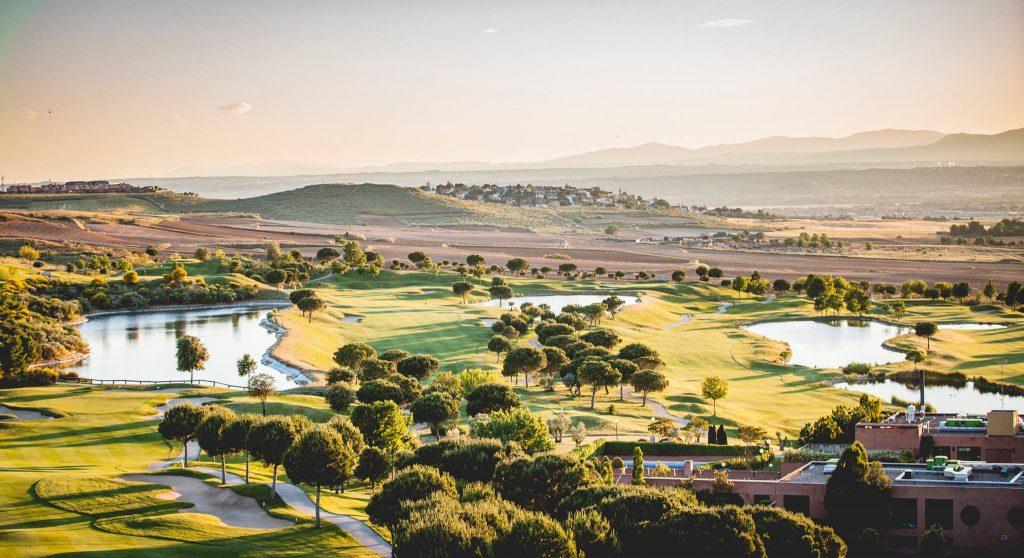 Cinco campos de golf en Madrid para emular a Cabrera 5