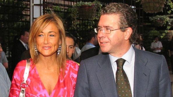 157642 premios2005IMG 0033 - Las Cirugías de Cristina Cifuentes