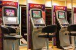 Suspensión de nuevas concesiones de licencias a locales de juego y casas de apuestas en Madrid.