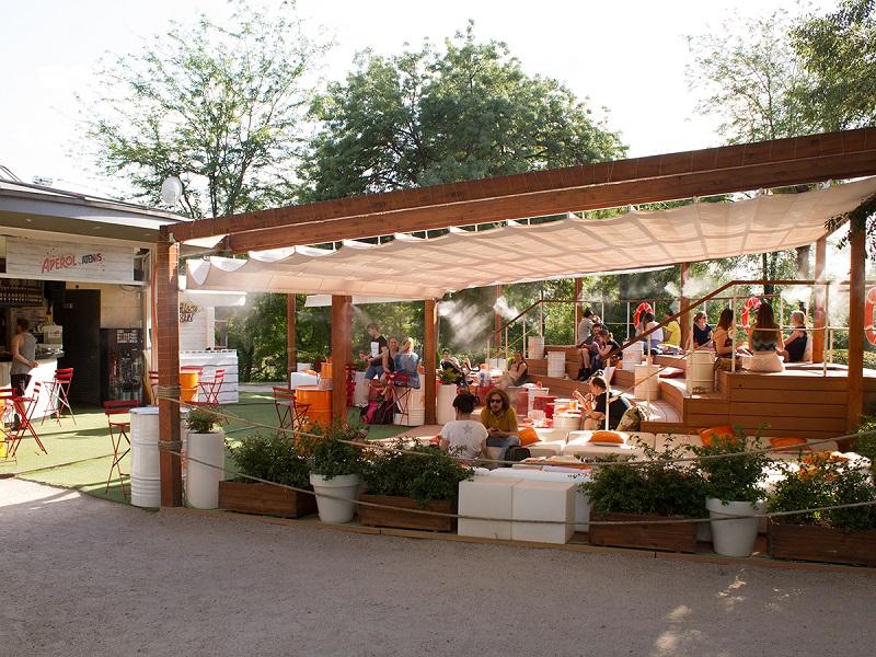 Verano Naranja En La Terraza Atenas De Madrid