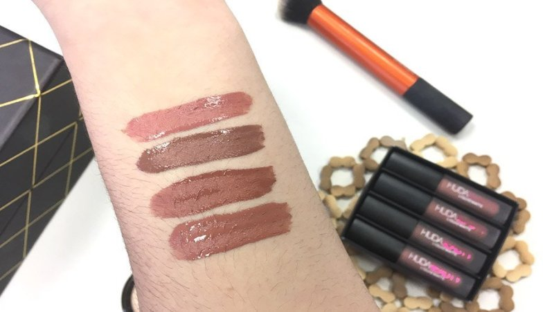 huda beauty lipstick labiales review opiniones bombshell flirt trendsetter venus labial liquido swatches nude