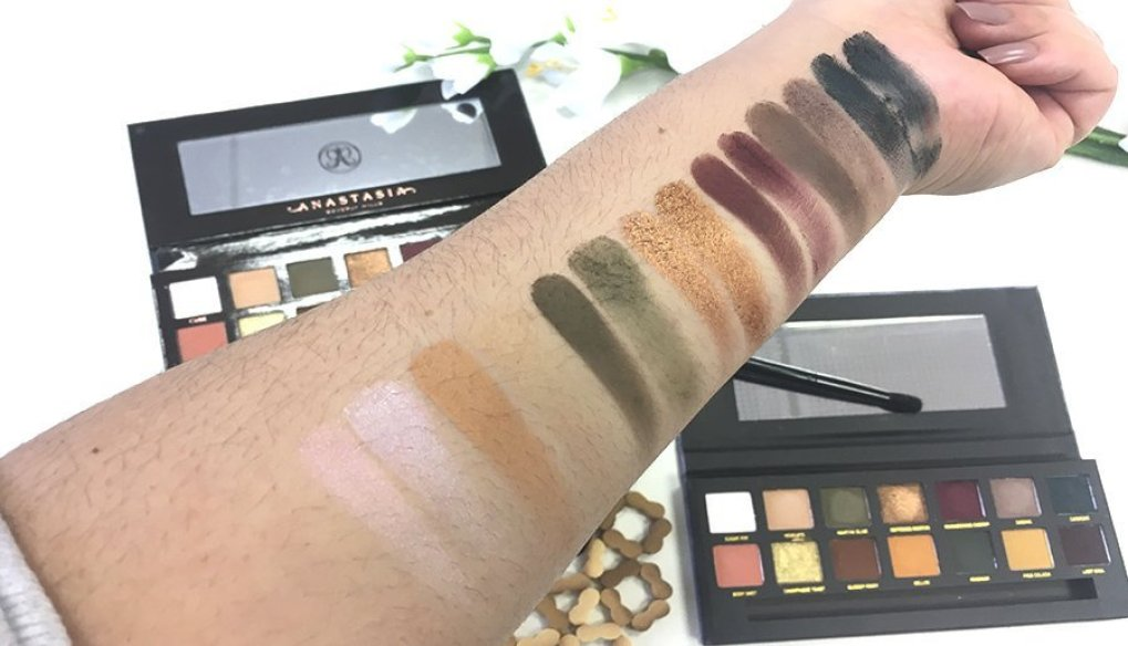 anastasia beverly hills subculture palette clon on the rocks w7 5