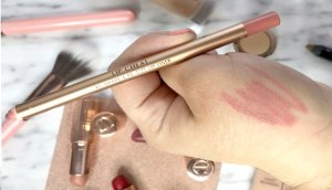 charlotte tilbury review maquillaje airbrush flawless finish opinion labiales charlotte tilbury opinicon pillowtalk 5