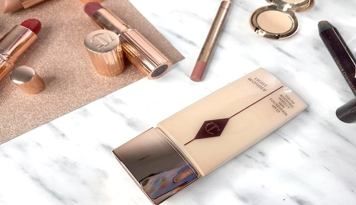 charlotte tilbury review maquillaje airbrush flawless finish opinion labiales charlotte tilbury opinicon pillowtalk 9