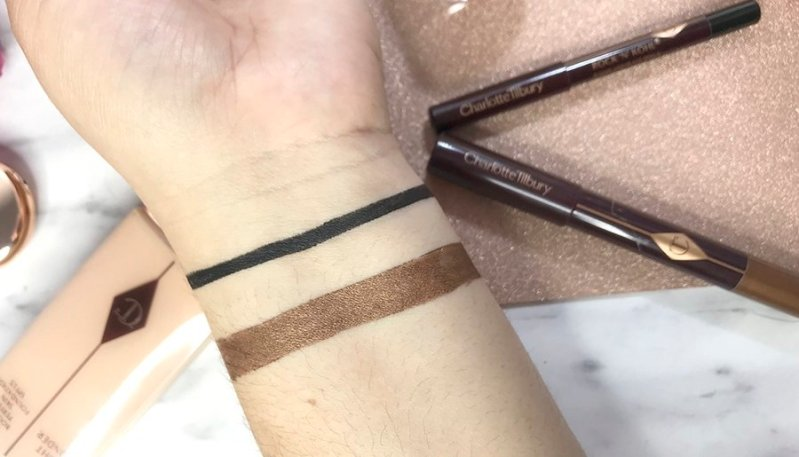 charlotte tilbury review maquillaje airbrush flawless finish opinion labiales charlotte tilbury opinicon pillowtalk13