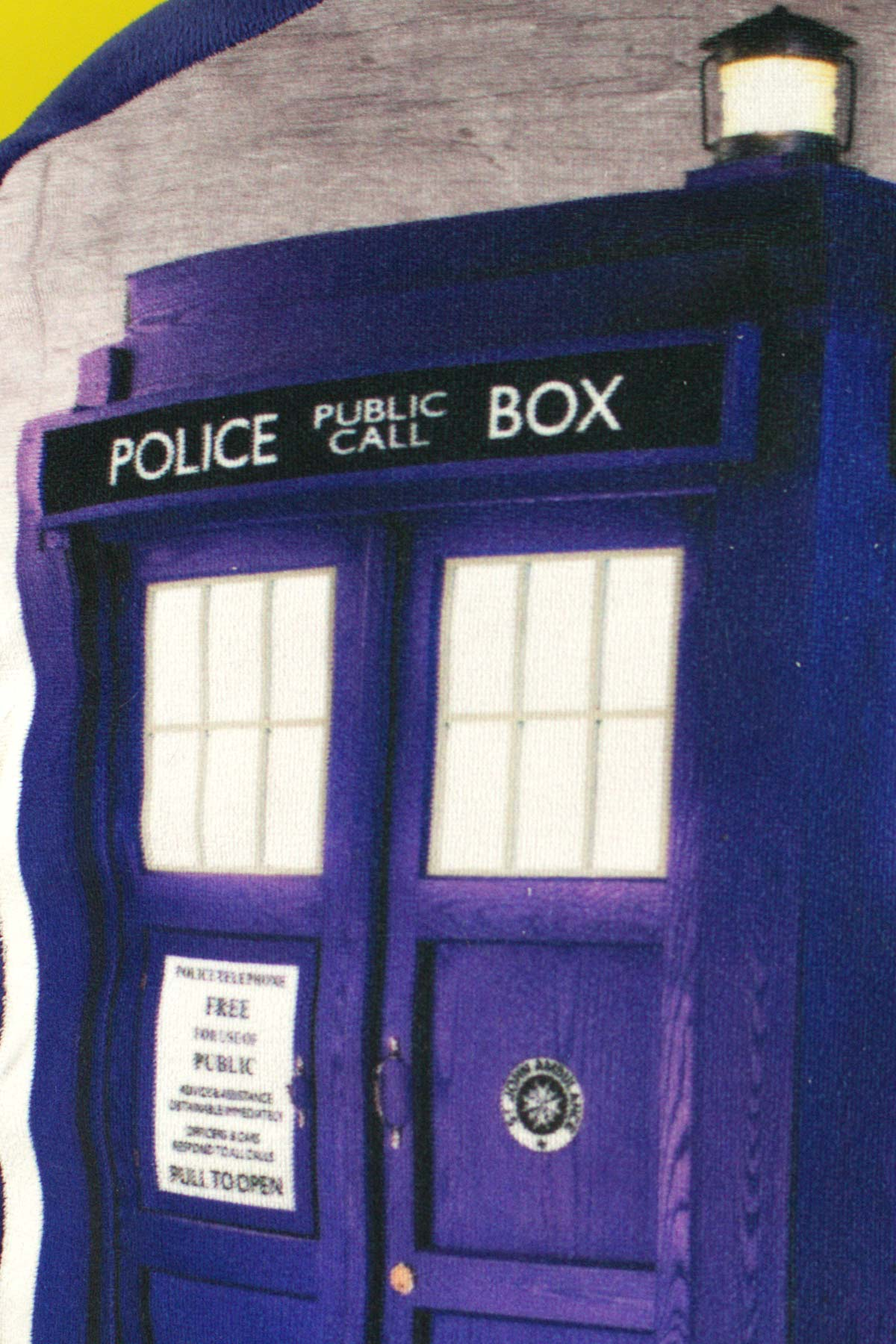 détail coussin Doctor Who