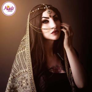 Madz Fashionz UK: Eleineofficial Exquisite Nawab Matha Patti Nath Set Gold Black