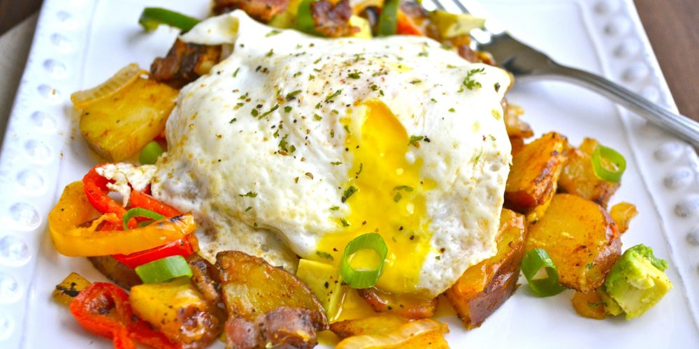 Mexican Breakfast Hash, a super simple no fuss 30 minute meal!
