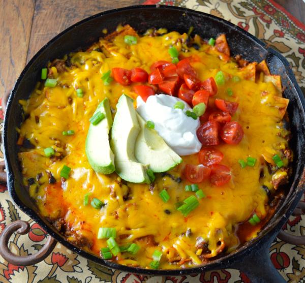 One Pan Easy Cheesy Enchiladas #glutenfree www.maebells.com