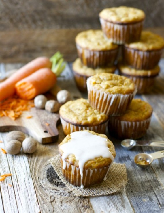 The BEST gluten free Carrot Ginger Muffins with Spiced Glaze! These are amazing!