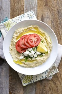 Easy Feta Hummus, super quick and healthy! A perfect Greek inspired snack! www.maebells.com