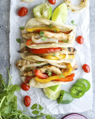 Perfect Jalapeño Lime Chicken Fajitas! Healthy, easy and crazy good!