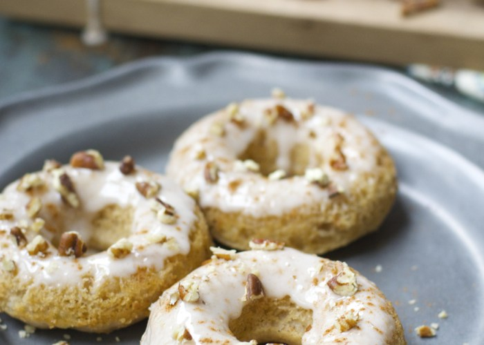 Apple Pie Donuts! Totally gluten free and packed with apples and cinnamon! The perfect Fall breakfast!