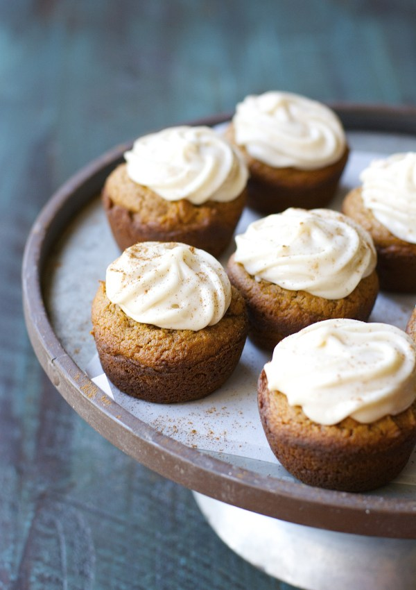 Gingerbread Cupcakes with Maple Cinnamon Frosting [gluten free]