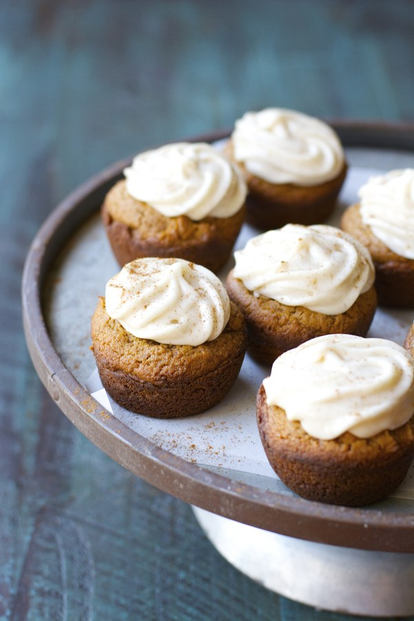 Gluten Free Gingerbread Cupcakes with Maple Frosting! An awesome Holiday Dessert!