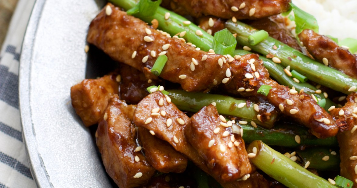 Simple and delicious Sesame Pork and Green Beans! A healthy, hearty meal ready in under 30 minutes!