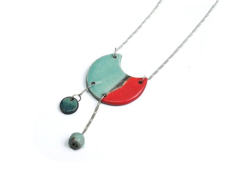 pendentif raku émaillé turquoise et vermillon chaine argent 925