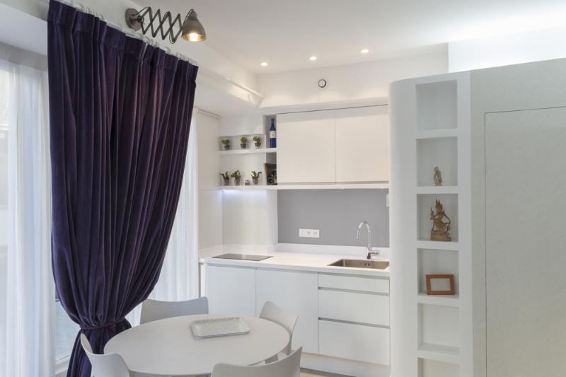 Studio 4 sept une rotonde rayonnante ma ma architecte for Petite cuisine pour studio ikea