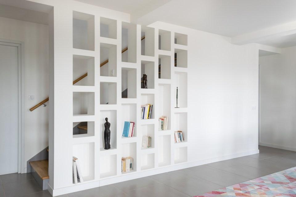 Bibliothèque-Escalier-Plâtre-Maison-Bbc-Bretagne-Skeledenn - Maéma