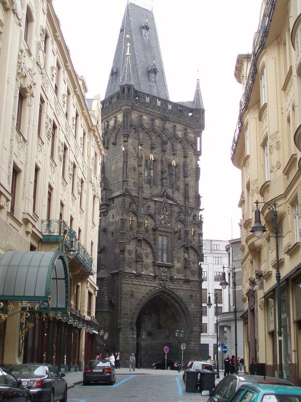 Der Pulverturm in Prag - Nur eine Sehenswürdigkeit der Stadt