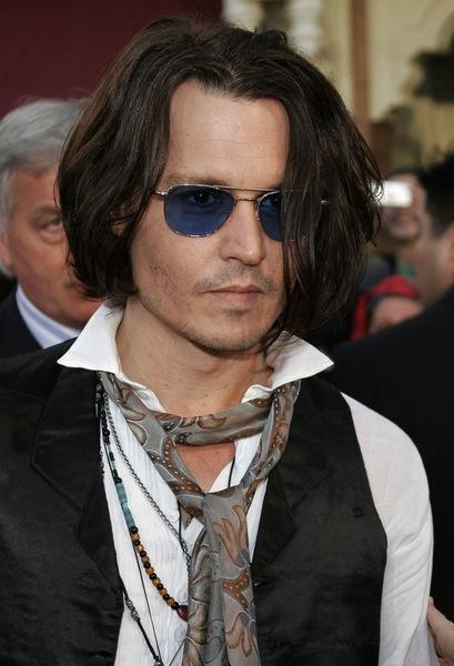 Frisuren Mittellang Wie Johnny Depp Sie Trägt Männerfrisuren