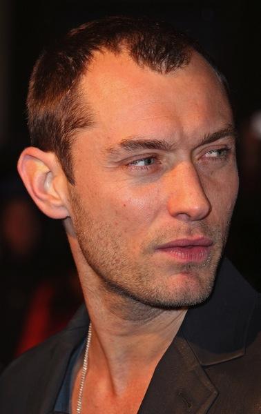 Trendige Männerfrisuren Von Jude Law Männerfrisuren