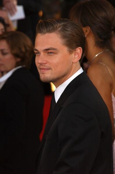 Haarschnitt Mittellang Von Leonardo Dicaprio Männerfrisuren