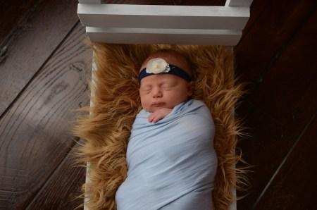 Studio newborn photographer Mt. Juliet TN