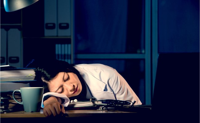 「夜勤で眠れない」の画像検索結果